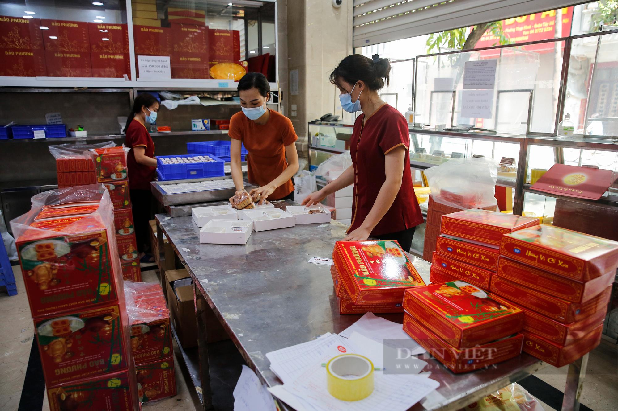 Thị trường bánh trung thu ảm đạm, cơ sở sản xuất loay hoay tìm kênh online - Ảnh 7.