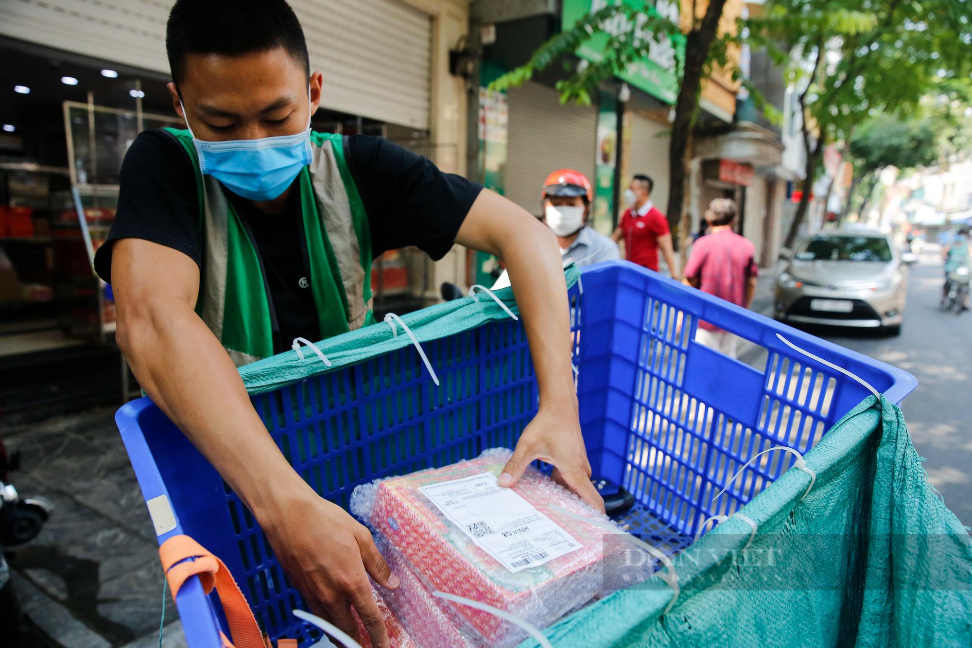 Thị trường bánh trung thu ảm đạm, cơ sở sản xuất loay hoay tìm kênh online - Ảnh 11.