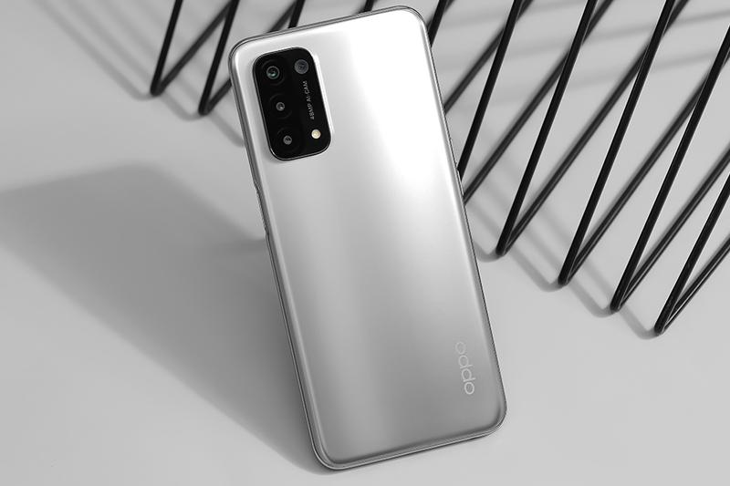 Top 3 điện thoại 5G rẻ nhất đang giảm giá cực mạnh mùa dịch - Ảnh 3.