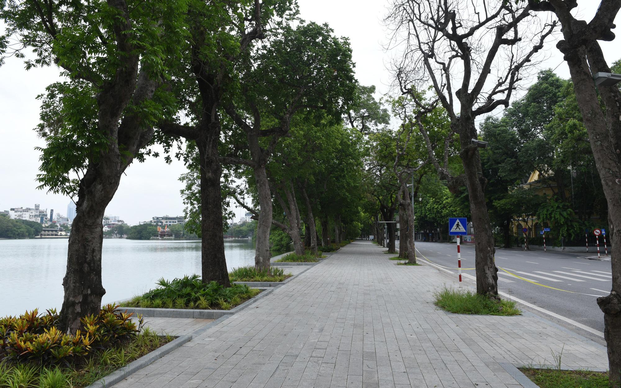 Thường trực Thành ủy Hà Nội chỉ đạo xem xét nới lỏng một số hoạt động dịch vụ sau ngày 15/9