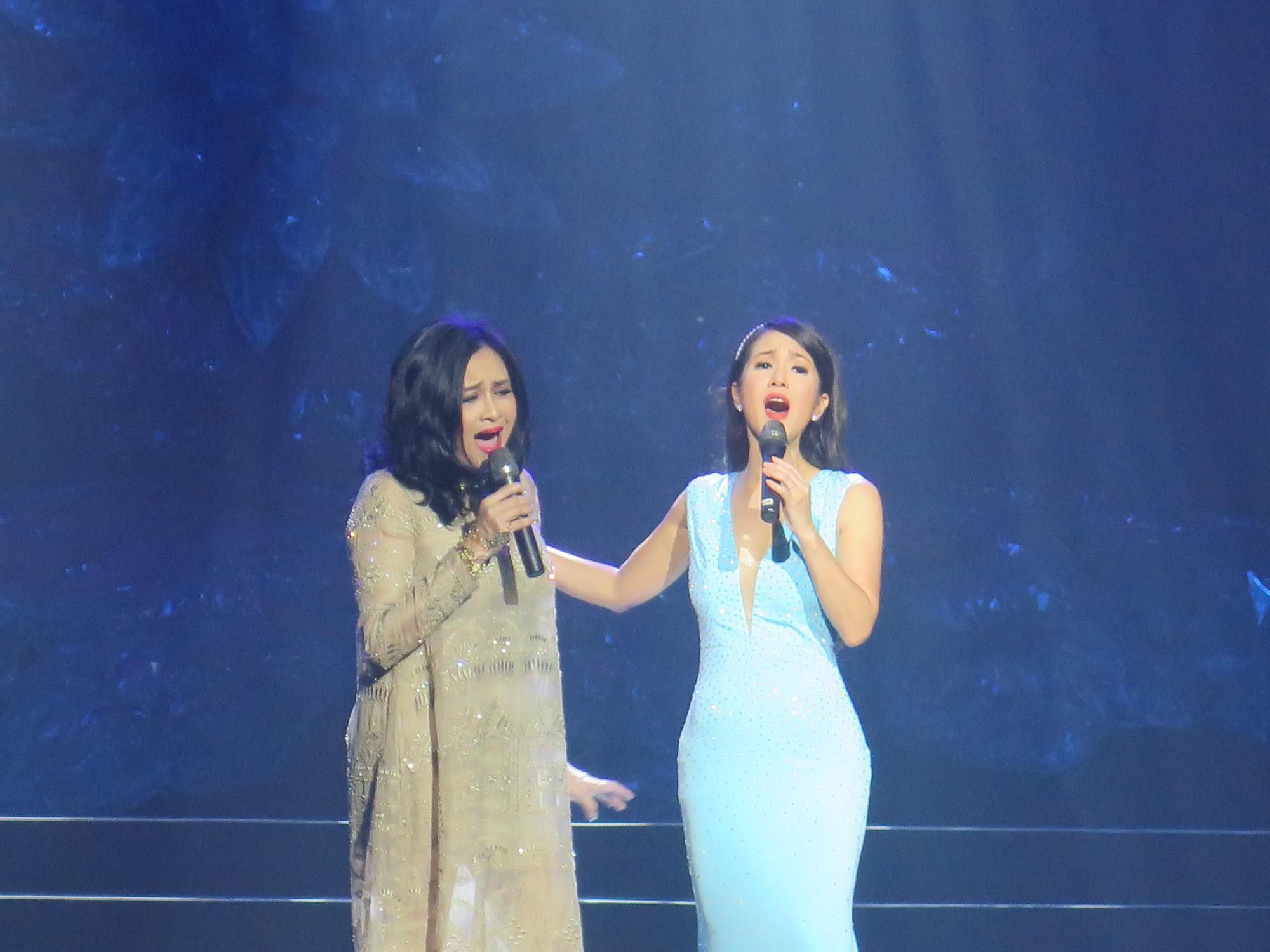 """Hồng Nhung, Thanh Lam, Cẩm Vân... tham gia đêm nhạc """"Nối vòng tay lớn"""" - Ảnh 1."""