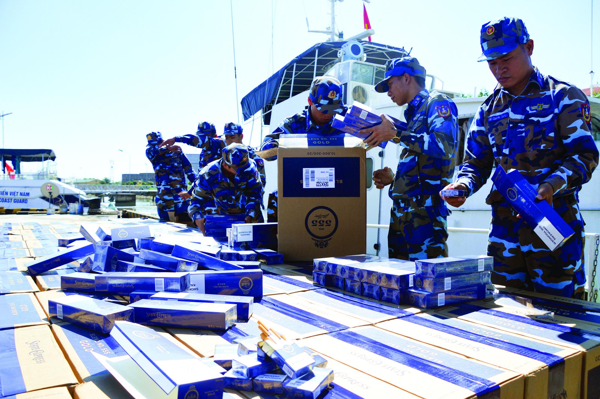 Nhiệm vụ, quyền hạn của Cảnh sát biển Việt Nam - Ảnh 1.