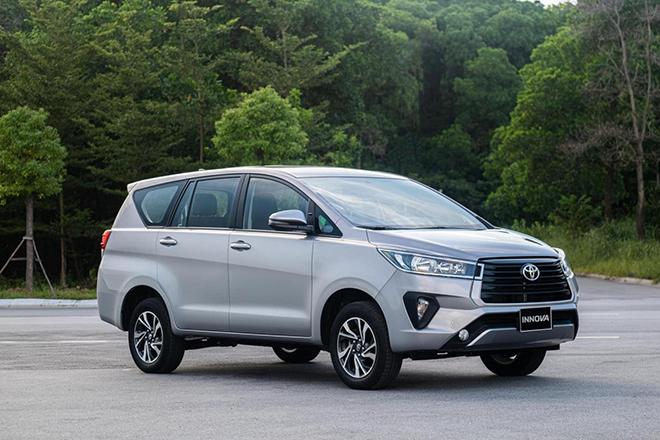 Tháng 8/2021, doanh số xe Toyota sụt giảm mạnh, nhiều xe đua Top ế tại Việt Nam - Ảnh 1.