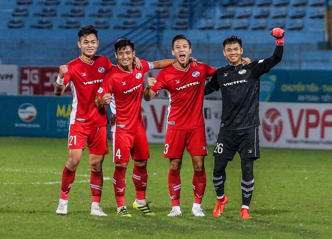"""HLV Park Hang-seo bất ngờ tạo """"kịch tính"""" ở vị trí thủ môn ĐT Việt Nam - Ảnh 1."""