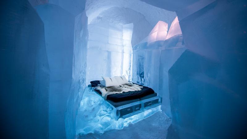 Khách sạn băng vĩnh cửu, mới nhìn đã lạnh sống lưng - Ảnh 1.