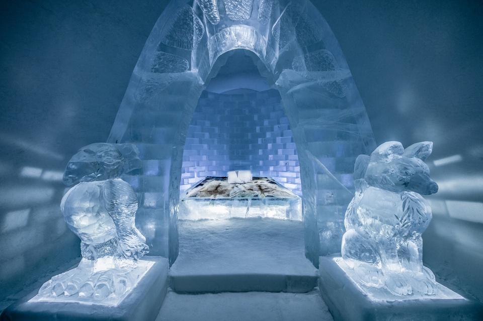 Khách sạn băng vĩnh cửu, mới nhìn đã lạnh sống lưng - Ảnh 3.