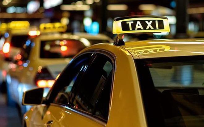 """Vị khách lạ đẩy tài xế taxi vào vòng lao lý sau câu nói """"kiếm nhiều tiền"""" - Ảnh 1."""
