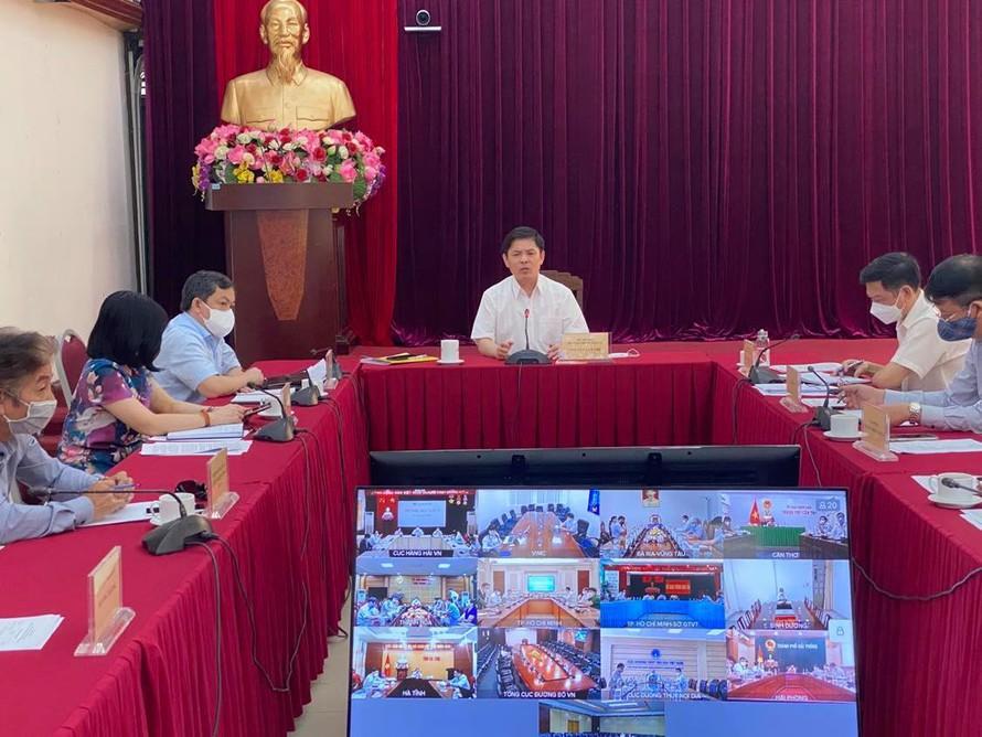 """Kinh tế nóng nhất: Đại gia bất động sản ở Nghệ An bị bắt """"nóng"""" - Ảnh 2."""