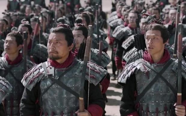 """Việc mang vũ khí bên mình thời xưa là chuyện nhỏ, nhưng """"tàng trữ"""" áo giáp là tội tày trời - Vì sao? - Ảnh 2."""