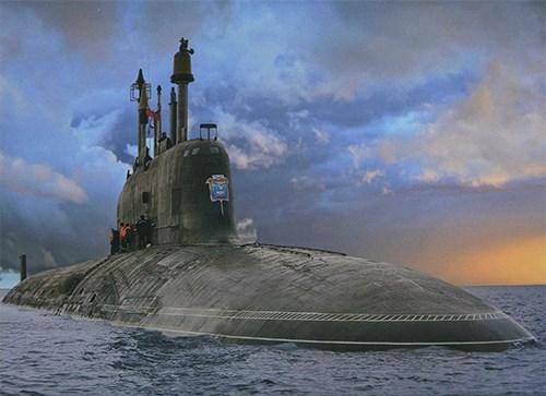 Kinh hoàng những vụ tàu ngầm Liên Xô đâm vào tàu sân bay Mỹ - Ảnh 15.
