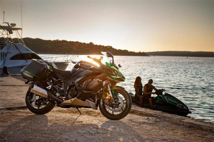 Kawasaki Ninja 1000SX 2022 ra mắt, trang bị hiện đại hơn nhiều - Ảnh 2.