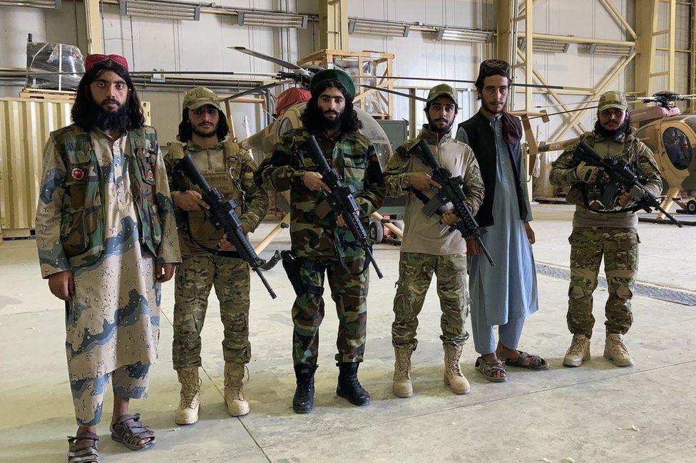 """""""Chúng tôi không còn một xu dính túi"""", người dân Afghanistan chia sẻ về cuộc sống dưới thời Taliban - Ảnh 1."""