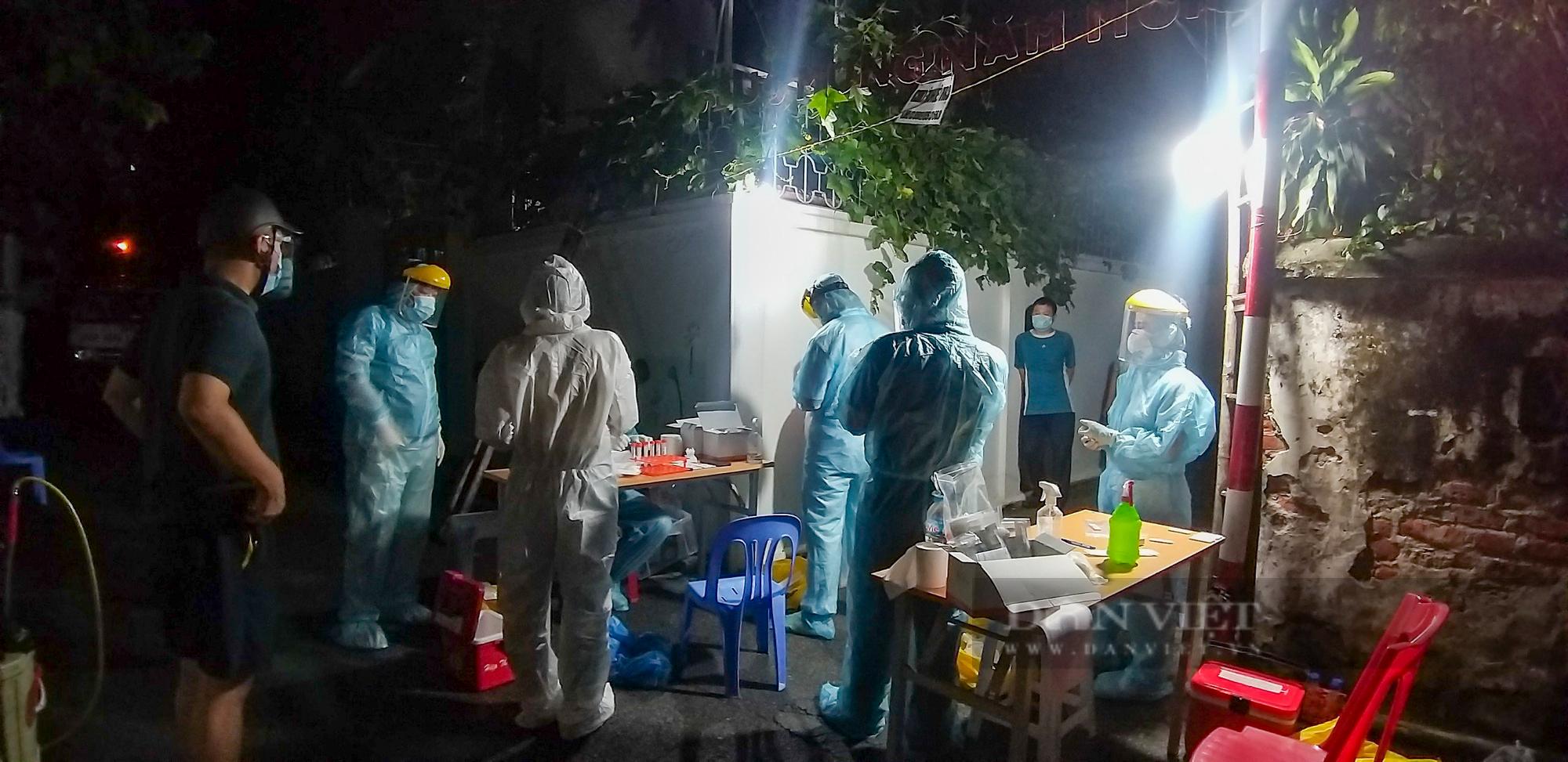 """Hà Nội: Phong tỏa, truy vết f1 thuộc chùm 6 ca dương tính SARS-CoV-2 trong """"vùng xanh"""" - Ảnh 4."""