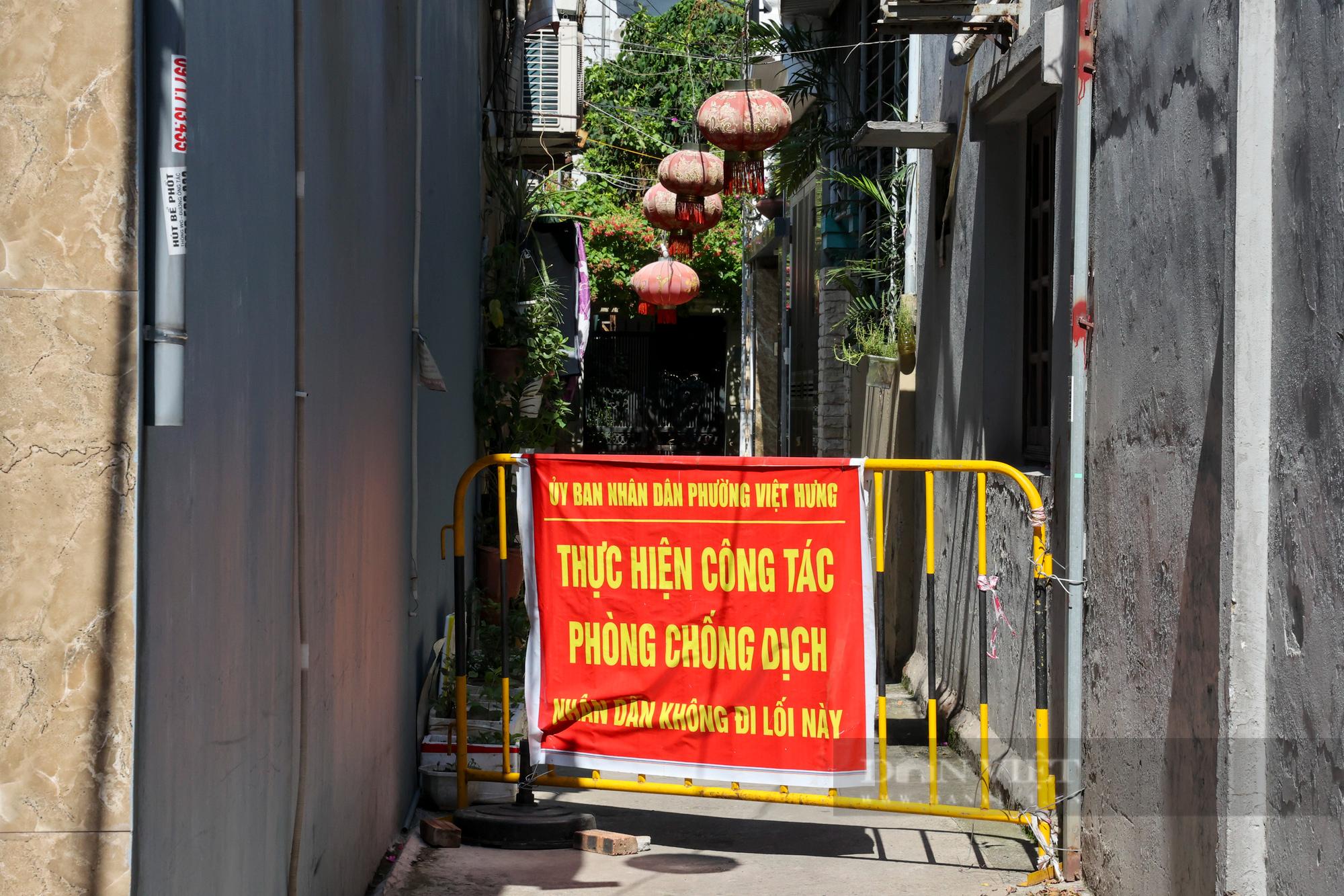 """Hà Nội: Phong tỏa, truy vết f1 thuộc chùm 6 ca dương tính SARS-CoV-2 trong """"vùng xanh"""" - Ảnh 8."""