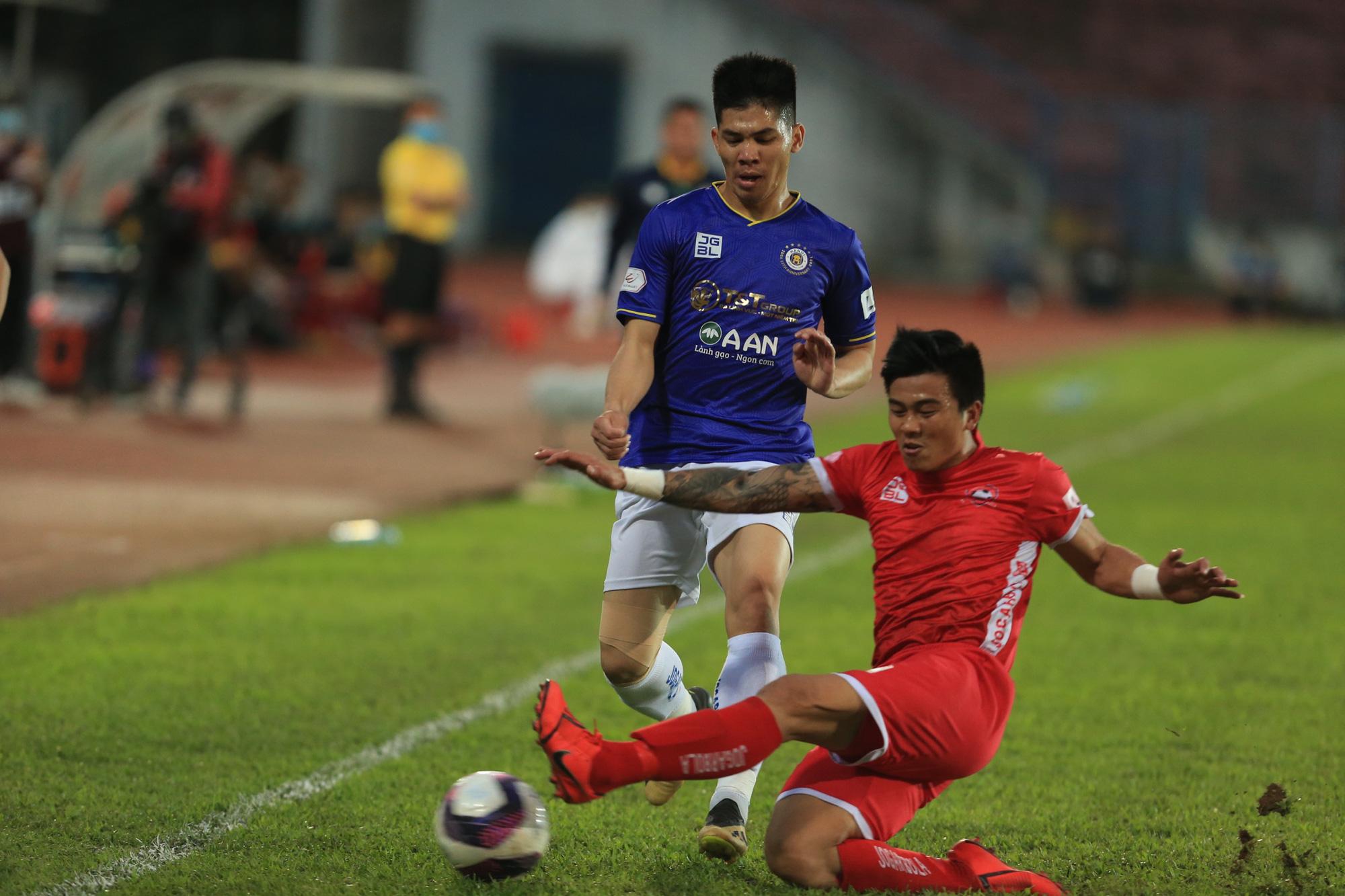 Rời Hải Phòng, cựu trung vệ U23 Việt Nam trên đường trở lại SLNA - Ảnh 3.