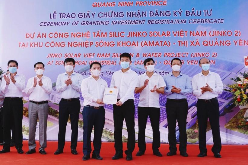 Chân dung JinkoSolar Holding, DN Trung Quốc đứng sau 2 dự án 20.000 tỷ tại Quảng Ninh - Ảnh 1.