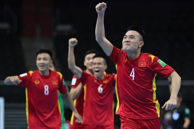 """Hình ảnh những """"người hùng"""" tuyển futsal Việt Nam cầm hòa đội bóng hạng 16 thế giới - Ảnh 8."""