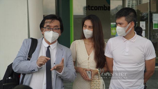 Bà Nguyễn Phương Hằng nói đã sẵn sàng hầu tòa nếu Thủy Tiên – Công Vinh kiện - Ảnh 1.
