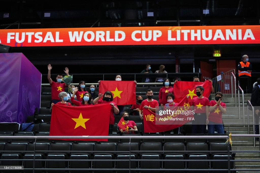 """Buộc CH Czech """"tắt tiếng"""", ĐT  futsal Việt Nam lọt vào vòng 1/8 World Cup - Ảnh 3."""