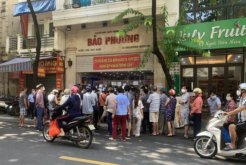 Hà Nội: Yêu cầu tạm đóng cửa một số tiệm bánh Trung thu  - Ảnh 1.
