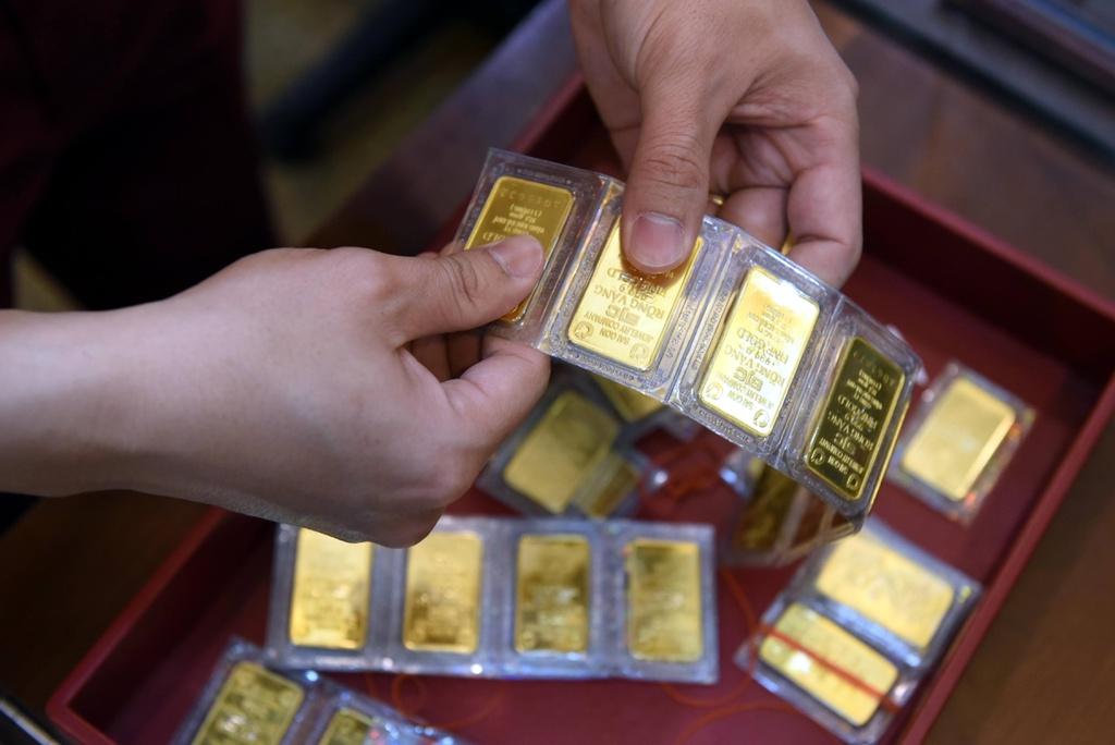 Giá vàng hôm nay 16/9: Vàng thế giới tiến sát ngưỡng 51 triệu đồng/lượng - Ảnh 1.