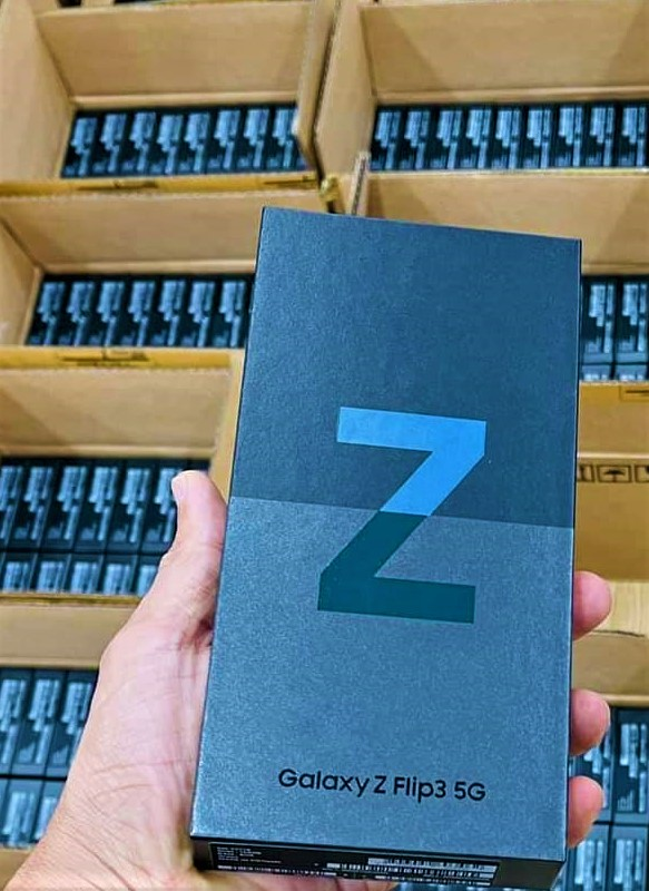 Samsung Galaxy Z Fold3 và Flip3 bán được bao nhiêu máy đợt đầu? - Ảnh 2.