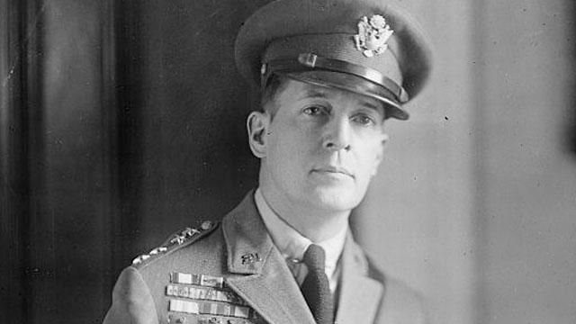 Douglas MacArthur - Cuộc đời của một trong những vị tướng nổi tiếng nhất nước Mỹ - Ảnh 2.