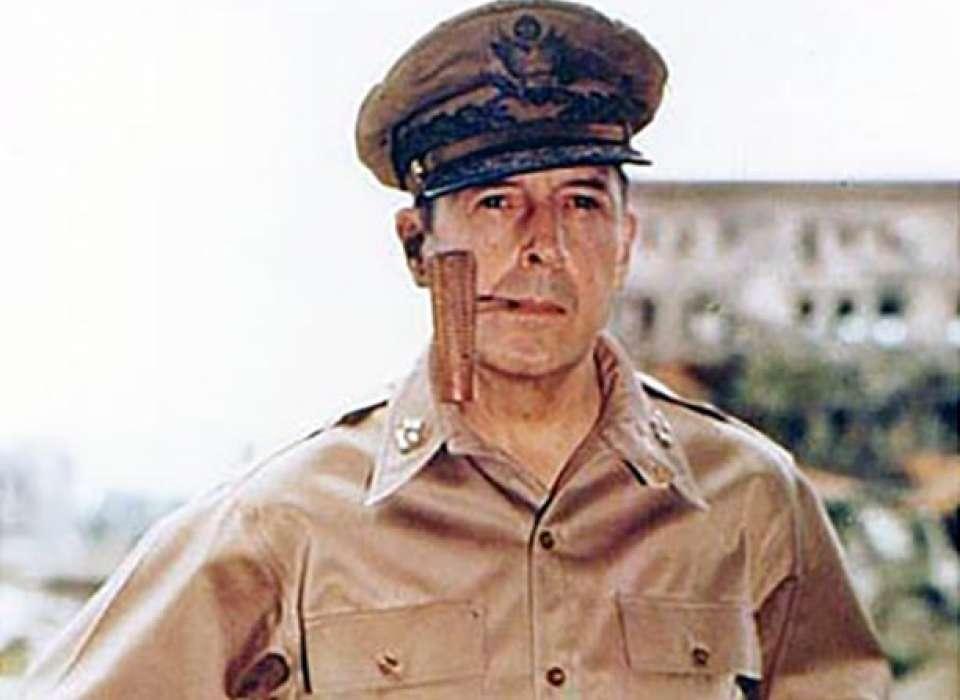 Douglas MacArthur - Cuộc đời của một trong những vị tướng nổi tiếng nhất nước Mỹ - Ảnh 3.