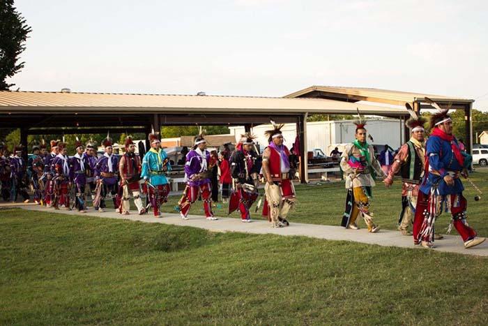 """Mỹ: Thổ dân Osage Nation tạo """"bùng nổ"""" du lịch bởi sự bí ẩn và độc lạ - Ảnh 2."""