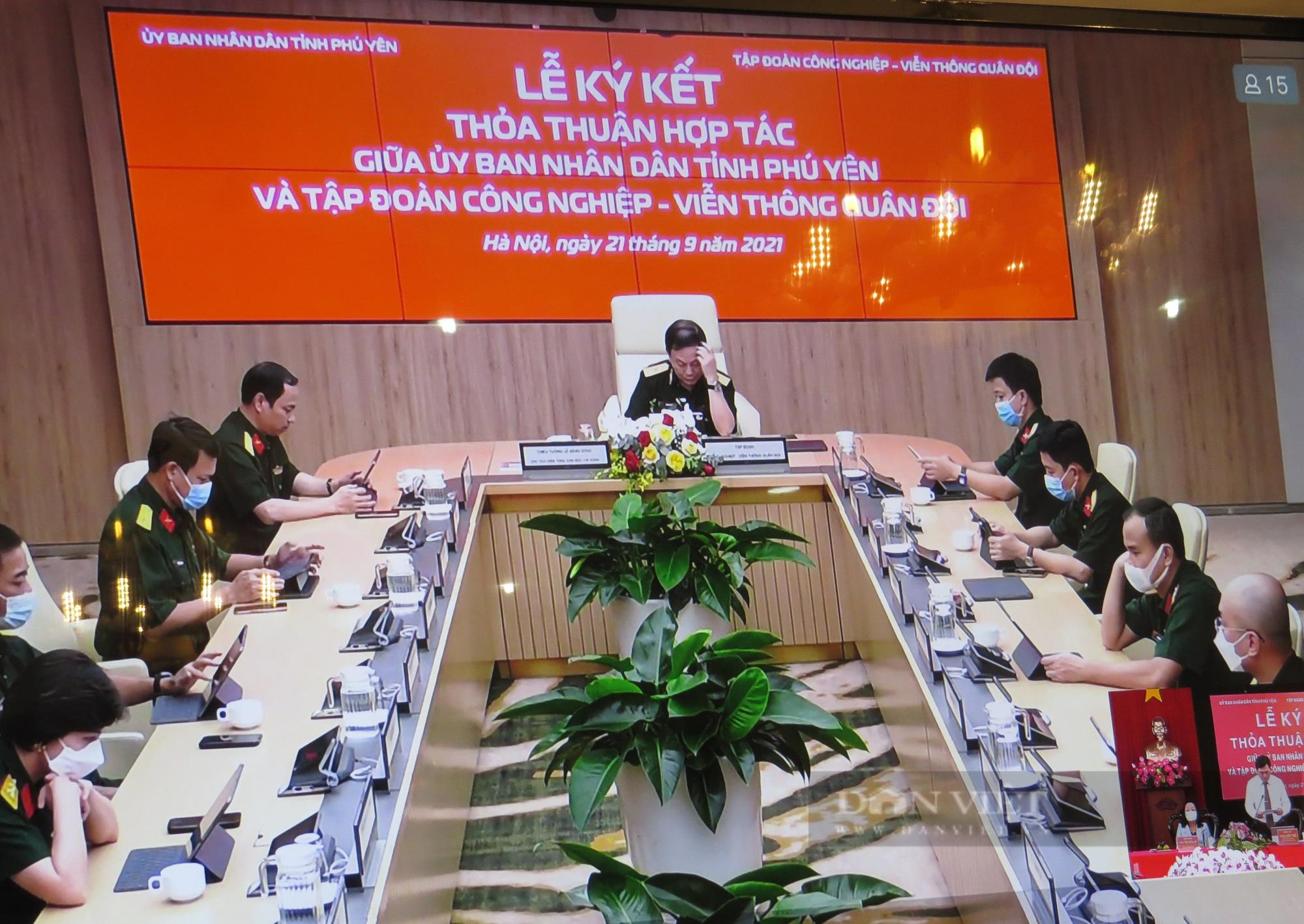 Phú Yên và Viettel ký hợp tác chuyển đổi số giai đoạn 2021-2025 - Ảnh 2.