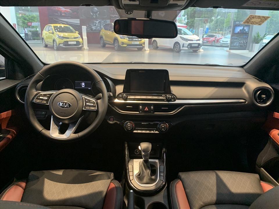 """Ôtô giá dưới 700 triệu đồng: Mitsubishi Xpander """"ngon"""" nhất? - Ảnh 6."""
