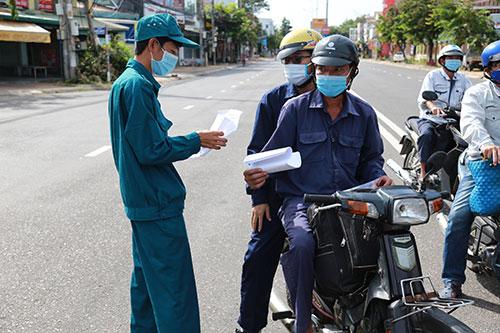 Bình Thuận: Khống chế dịch Covid - 19 và khẩn trương phục hồi, phát triển kinh tế  - Ảnh 1.