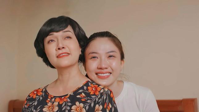 """Vân Dung hụt vai cô giúp việc phim """"11 tháng 5 ngày"""", xuất sắc hóa thân thành bà chủ xóm trọ - Ảnh 8."""