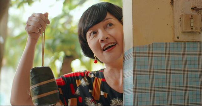 """Vân Dung hụt vai cô giúp việc phim """"11 tháng 5 ngày"""", xuất sắc hóa thân thành bà chủ xóm trọ - Ảnh 4."""