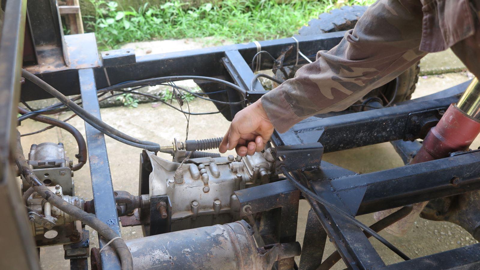 Phú Thọ: Trai làng 8X sáng chế ra xe jeep thùng rất ngầu, ai nhìn thấy cũng trầm trồ phục lăn - Ảnh 2.