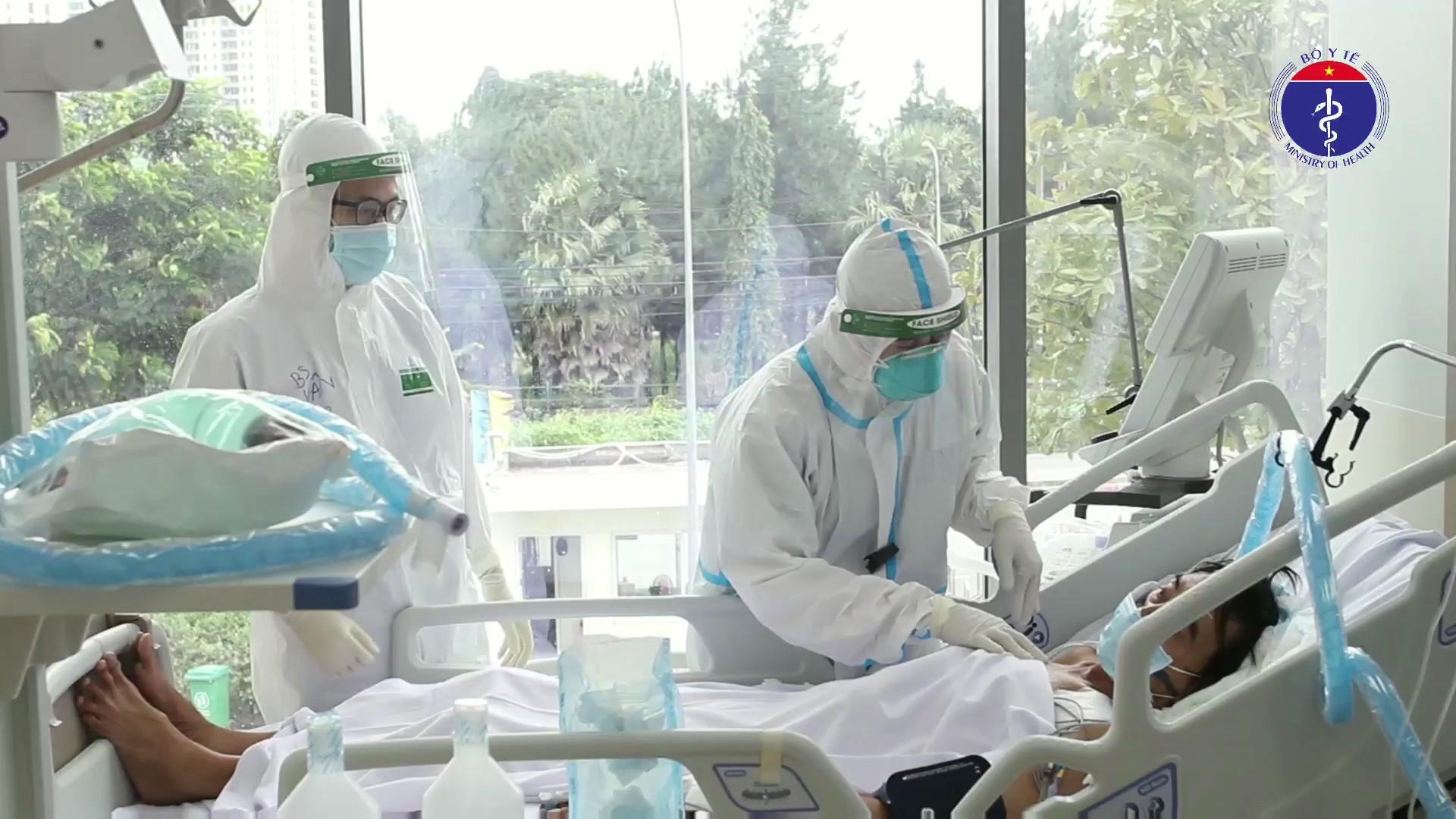 Bộ Y tế đề xuất bổ sung Covid-19 là bệnh nghề nghiệp được hưởng bảo hiểm xã hội - Ảnh 1.
