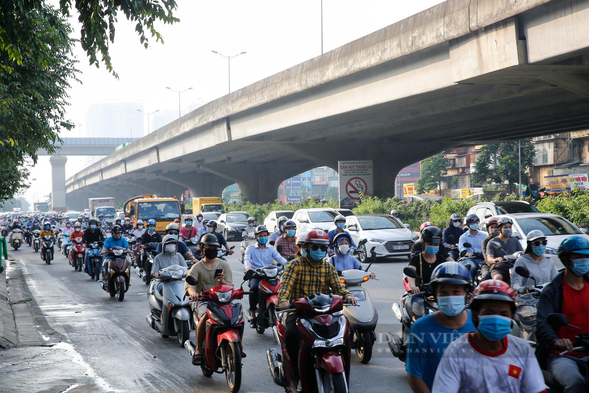 Cần thống nhất kịch bản tổ chức giao thông để người dân được tự do đi lại? - Ảnh 2.