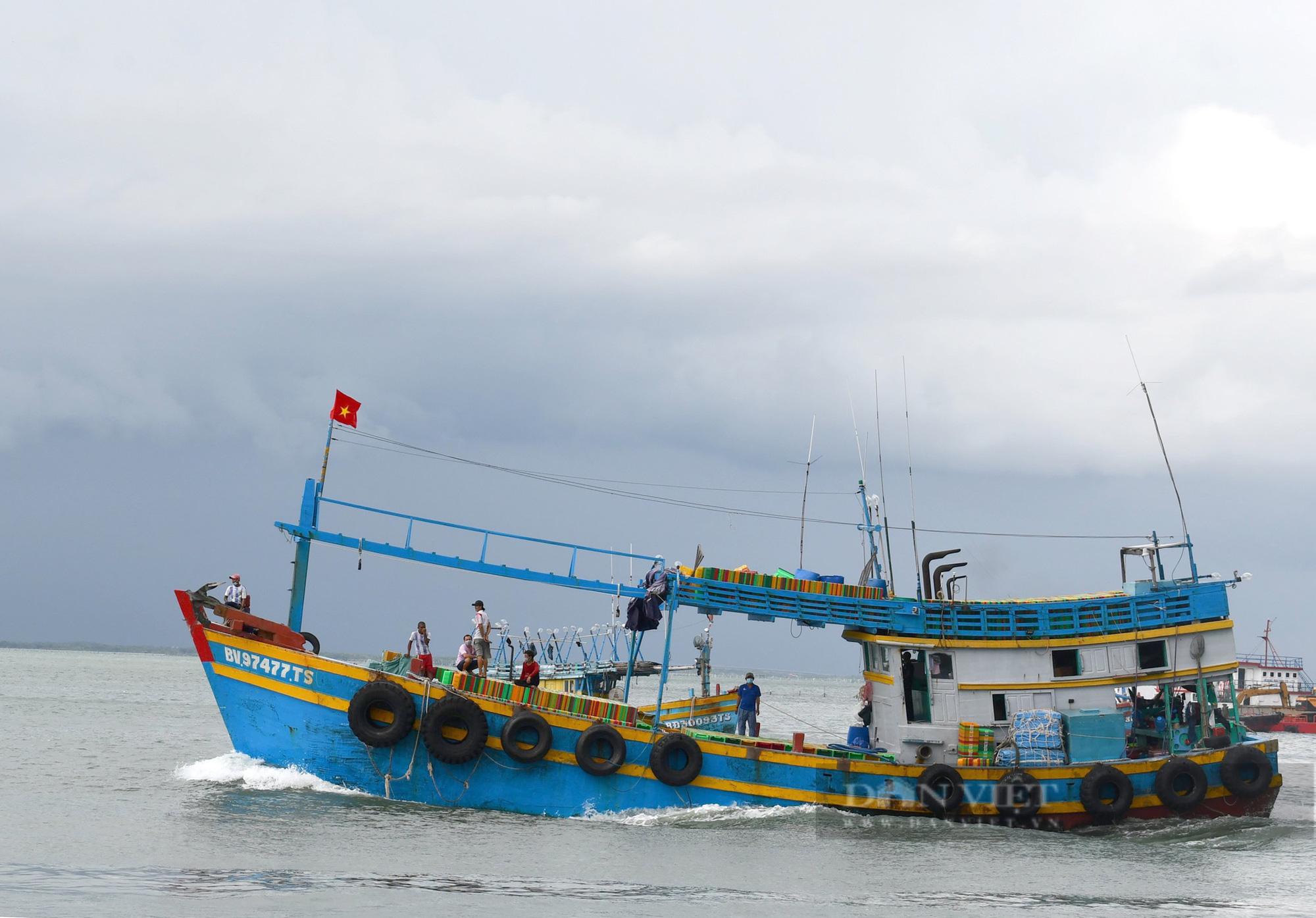 Ngày đầu xuống Chỉ thị 15, Bà Rịa – Vũng Tàu vẫn kiểm soát việc đi lại, chưa cho tắm biển - Ảnh 5.