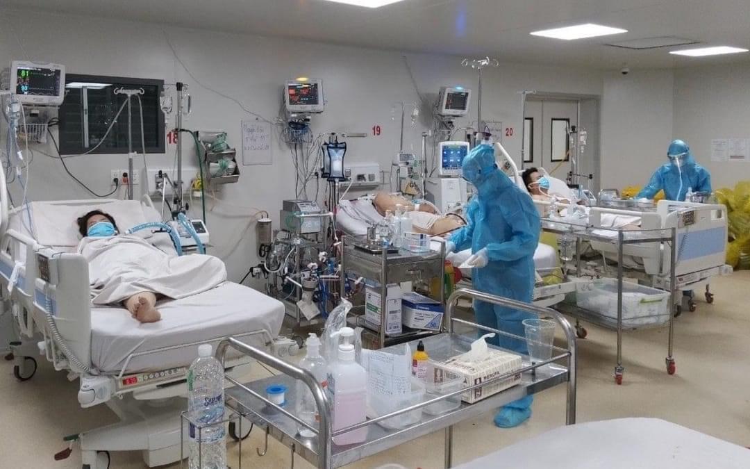 TP.HCM: Thiết bị y tế nhập về rồi lại tái xuất, vì không có hướng dẫn