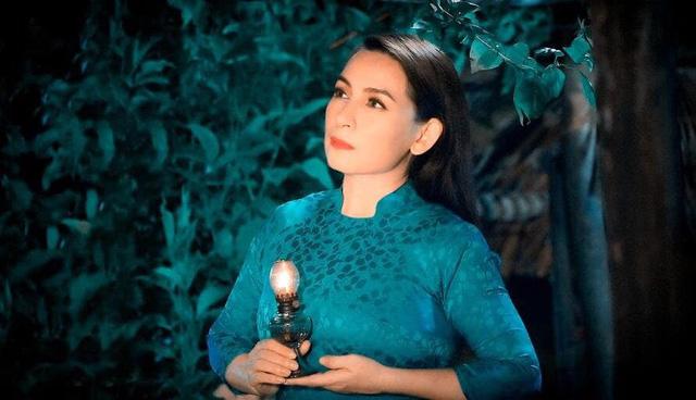 """Trizzie Phương Trinh: """"Phi Nhung trở nặng, bác sĩ nói với con gái nên chuẩn bị tinh thần"""" - Ảnh 1."""