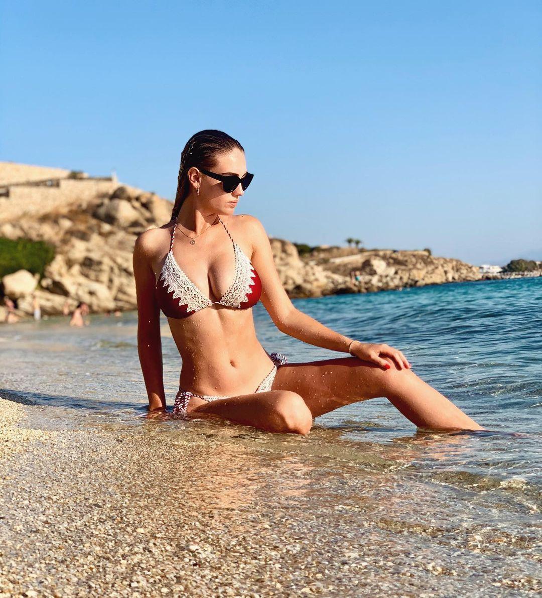 Nhan sắc xinh đẹp của tân Hoa hậu Trái đất Cộng hòa Czech 2021 - Ảnh 7.