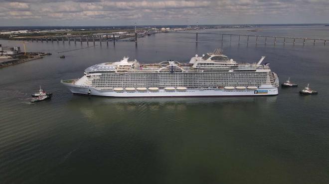Đây là con tàu du lịch lớn nhất thế giới, có thể đón 7.000 khách cùng 2.300 thủy thủ đoàn - Ảnh 3.