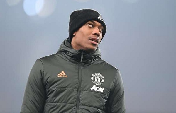 Martial không còn chỗ đứng ở M.U. Ảnh: Goal