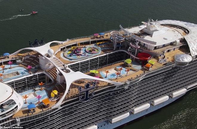 Đây là con tàu du lịch lớn nhất thế giới, có thể đón 7.000 khách cùng 2.300 thủy thủ đoàn - Ảnh 4.