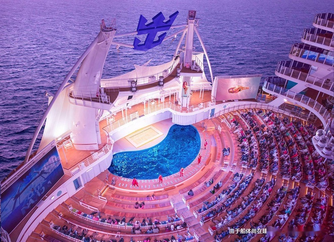 Đây là con tàu du lịch lớn nhất thế giới, có thể đón 7.000 khách cùng 2.300 thủy thủ đoàn - Ảnh 5.