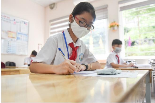 Sở GD-ĐT Hà Nội xây dựng 15 tiêu chí an toàn đón học sinh trở lại trường - Ảnh 2.