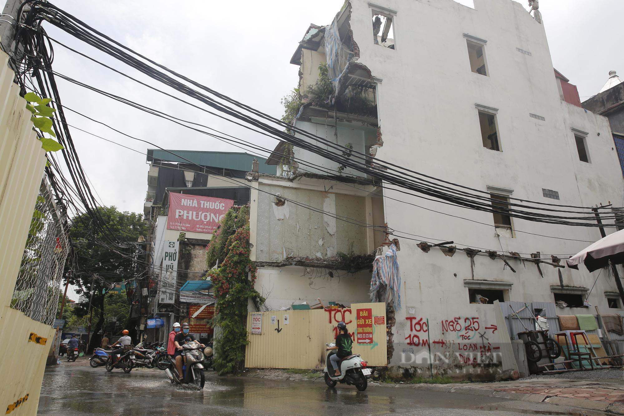 Cận cảnh khu vực ga ngầm tuyến Metro Nhổn - ga Hà Nội bị dừng thi công - Ảnh 6.