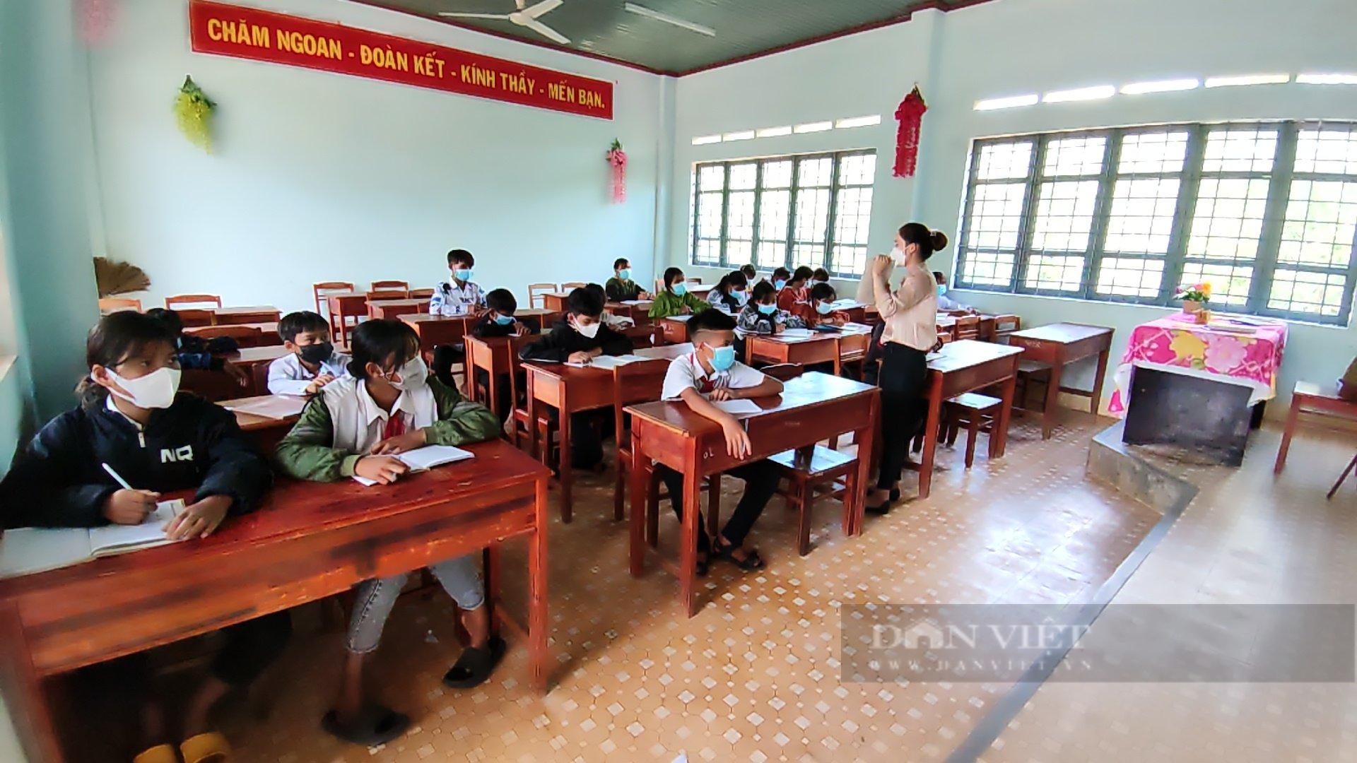 Gia Lai: Nhiều học sinh có nguy cơ bỏ học do xã hoàn thành tiêu chí Nông thôn mới - Ảnh 5.