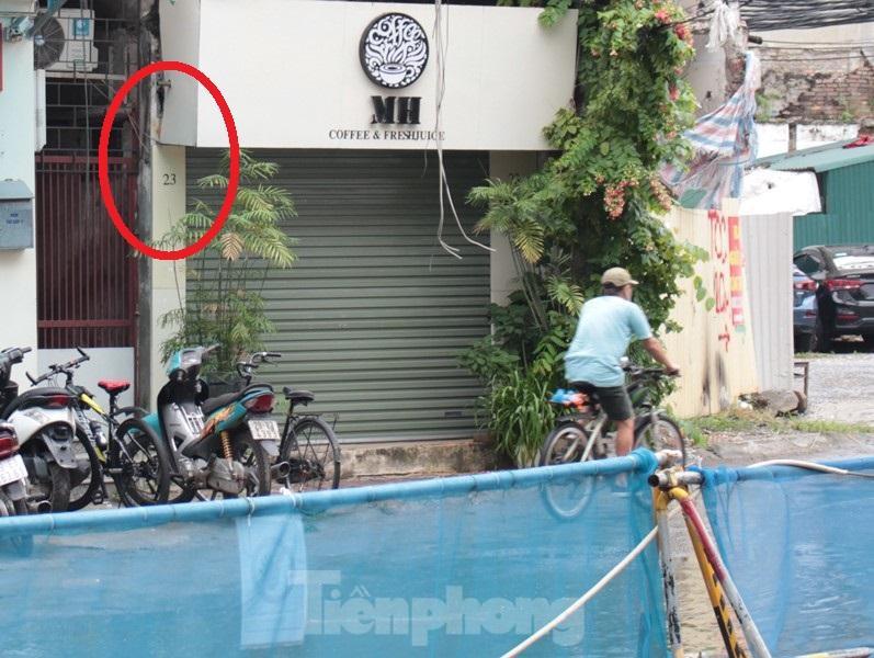 Cận cảnh ga ngầm metro Hà Nội bị nhà thầu nước ngoài dừng thi công - Ảnh 4.