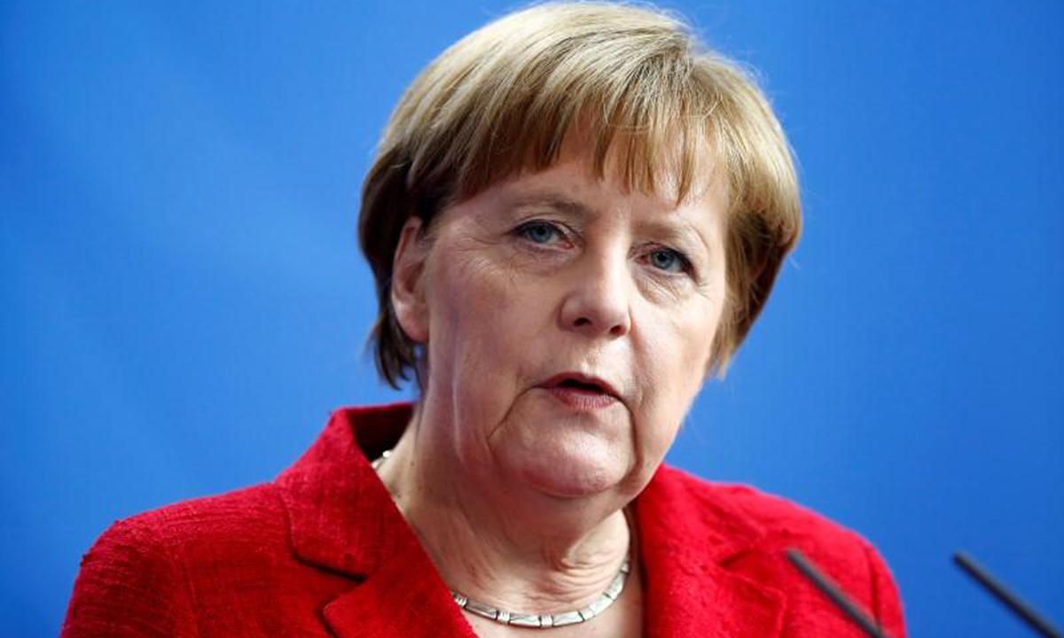 Thủ tướng Đức Angela Merkel và tình yêu tuyệt vời dành cho bóng đá - Ảnh 1.